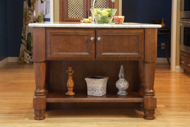 Islands by Wellborn Cabinet, Inc. traditional-kitchen