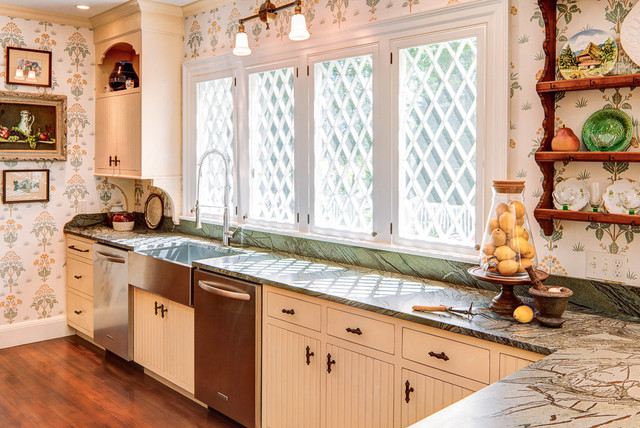 Islesboro - Island Estate traditional-kitchen