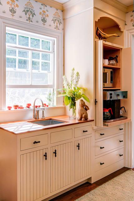 Islesboro - Island Estate traditional-kitchen