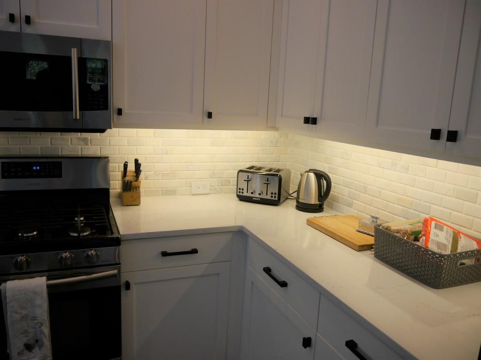 Issaquah Kitchen Remodel - Transitional - Kitchen ...