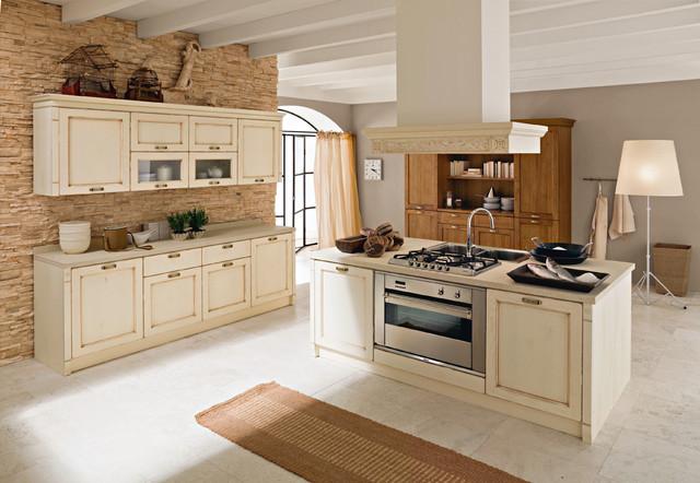 Italian Kitchen Cabinets By Effequattro Cucine Model Valencia Traditional Kitchen Miami