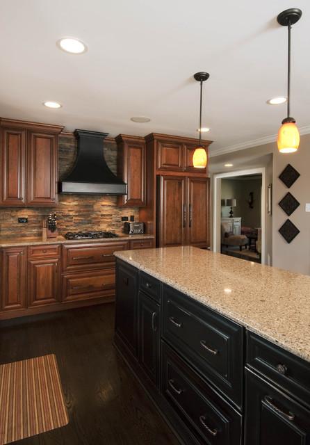 Itasca il kitchen design and remodel traditional kitchen chicago by design first - Chicago kitchen design ...