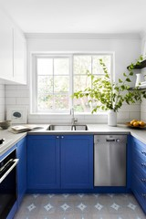 A Time-Warp Townhouse Gets a Bright & Breezy Makeover