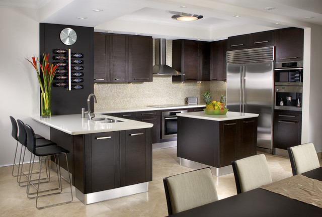 J Design Group Interior Designers Miami - Bal Harbour modern kitchen