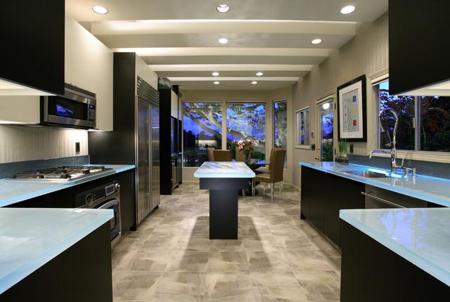 J HETTINGER KITCHENS contemporary-kitchen