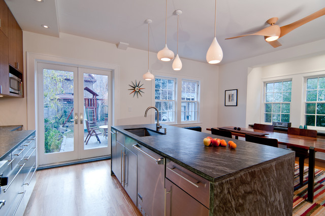 Jackson Heights House modern-kitchen