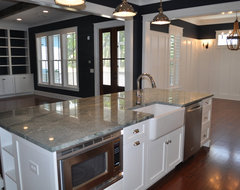 JacksonBuilt Custom Homes traditional kitchen