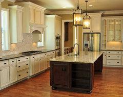 JacksonBuilt Custom Homes traditional-kitchen