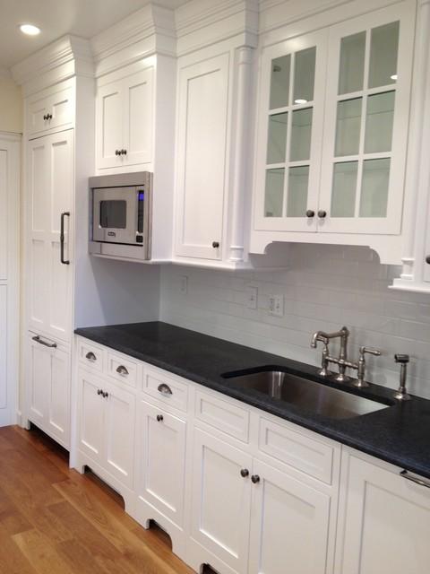 Jacobus traditional-kitchen