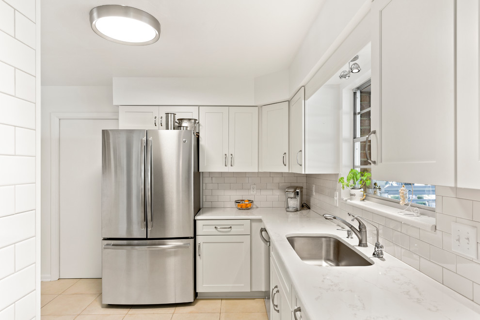 Jamaica Road - Contemporary - Kitchen - Jacksonville - by ...