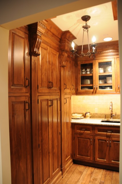 James Hoffman Homes - Traditional - Kitchen - Milwaukee ...