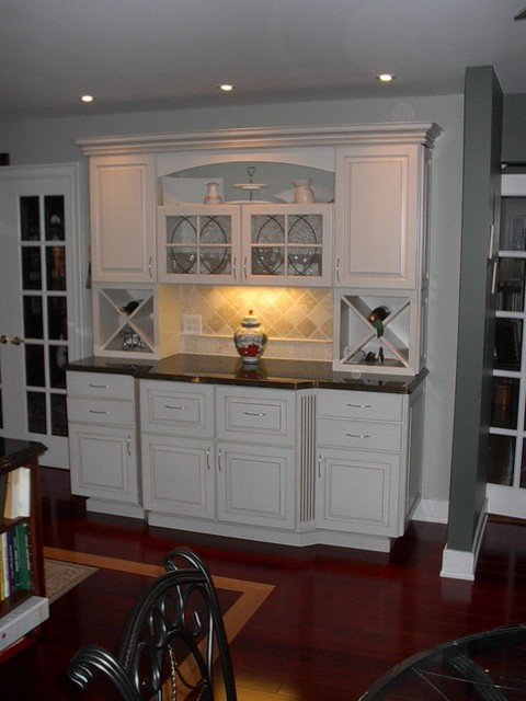 Janet S Kitchen Hutch Complete Traditional Kitchen Dc