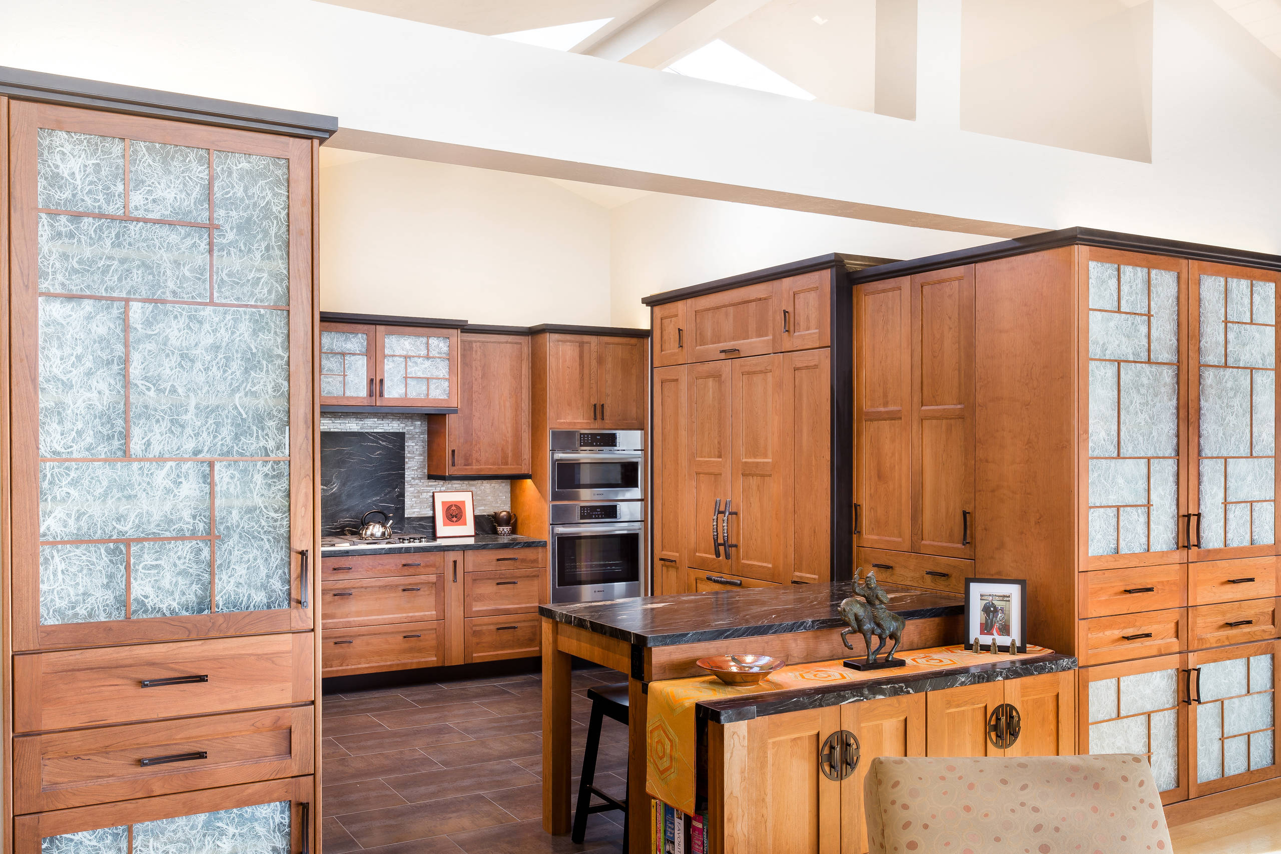 75 Beautiful Asian Kitchen With Glass Tile Backsplash Pictures Ideas November 2020 Houzz
