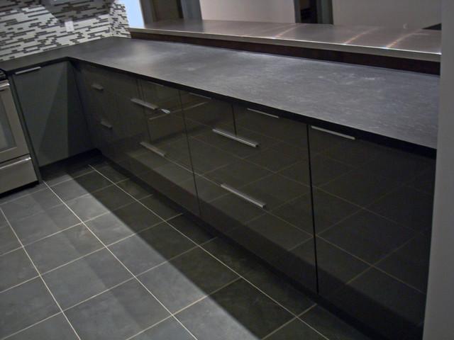 Jcs Renovation modern-kitchen