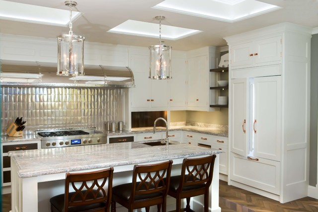 Jenn air 39 s manhattan showroom featuring christopher for Christopher peacock kitchen cabinets