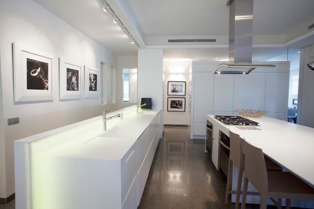 jerusalem house 4 modern-kitchen