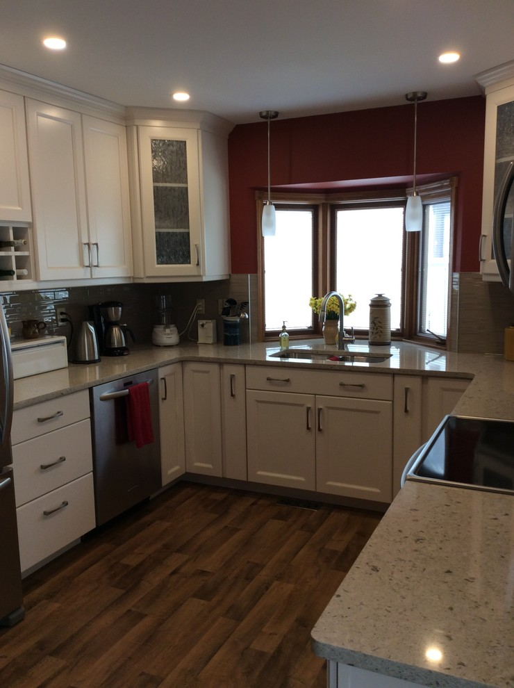Job 36002 And Design Abilities 777 Kitchen Traditional Kitchen Calgary By Action Flooring And Design Abilities