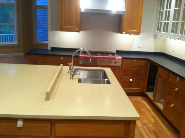 Jobs in stone traditional-kitchen