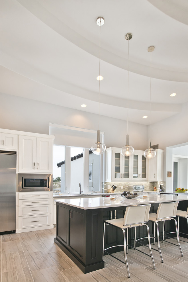 Example of a transitional kitchen design in Austin