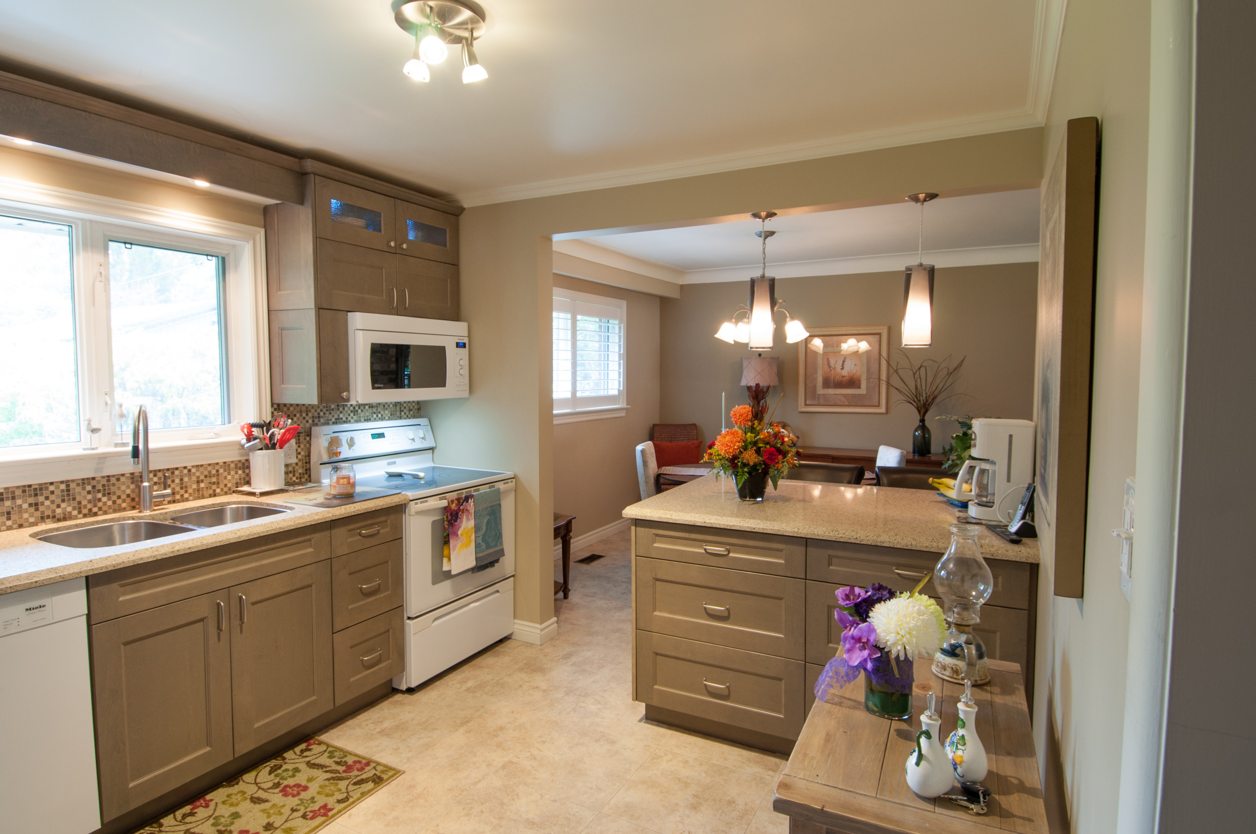 Joyce Transitional Kitchen
