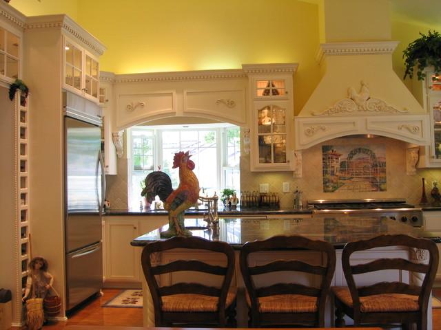 K & M Designs traditional-kitchen