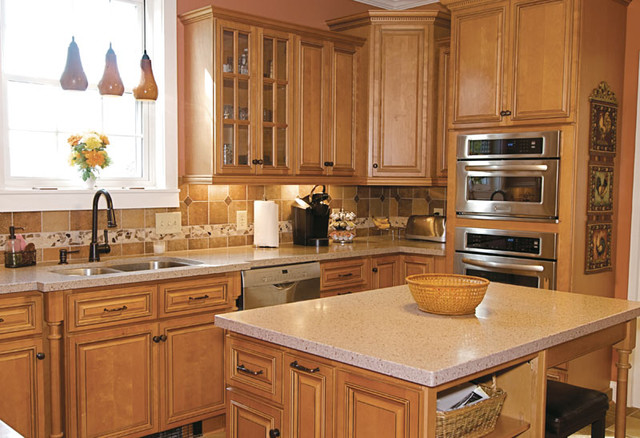 riverrun cabinets kabinetking river run cabinetry traditional kitchen 25588