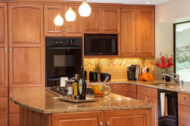 Karen linder interior design traditional kitchen for Karen linder interior designs