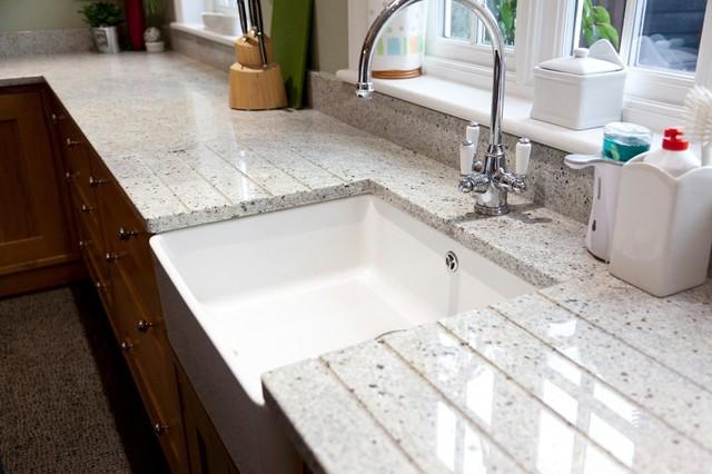 Kashmir White Granite Worktops American Traditional Kitchen
