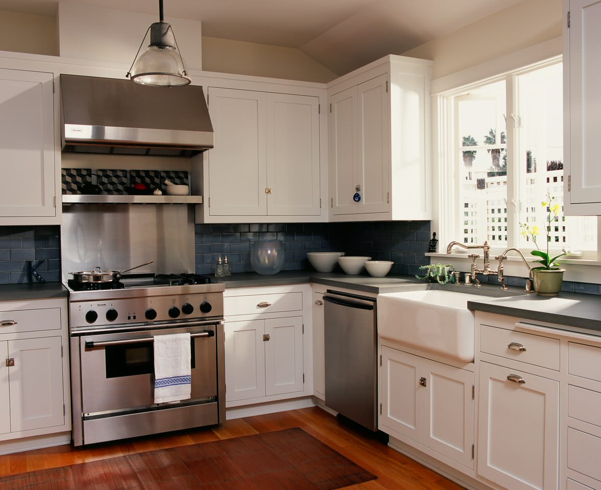 White Cabinets Dark Backsplash Houzz