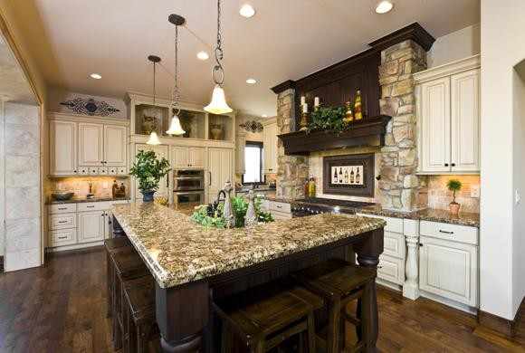 Kelly Cross traditional-kitchen