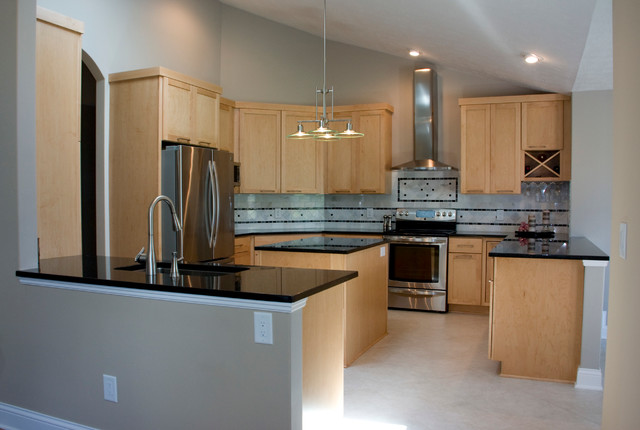 Kelly Natural Maple Kitchen Contemporary Kitchen Cincinnati By Mauk Cabinets By Design
