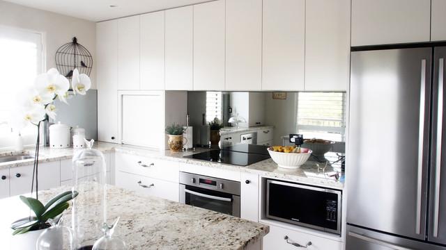 Kelvin grove 2pac granite amp mirror contemporary kitchen