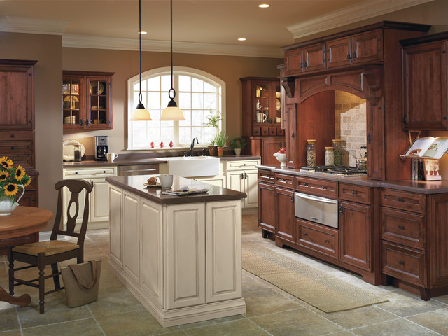 Kemper Cabinets Rustic Kitchen With Contrasting Finishes