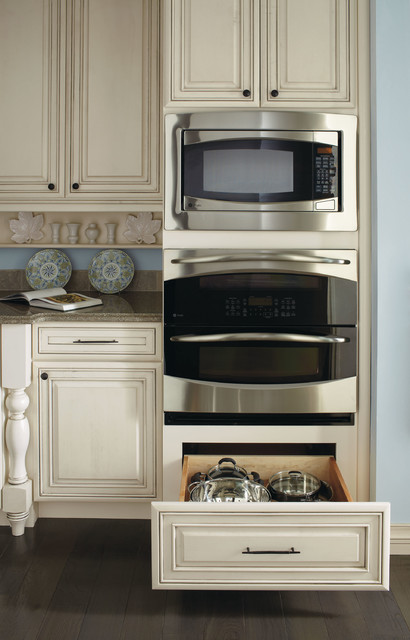 Kemper Double Oven Cabinet American Traditional Kitchen