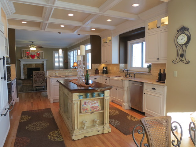 Ken Caryl Classic Traditional Kitchen denver by KC