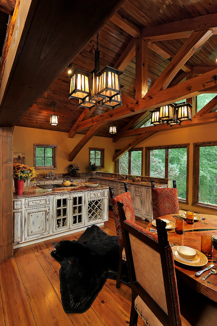 Kendale Cabin traditional-kitchen