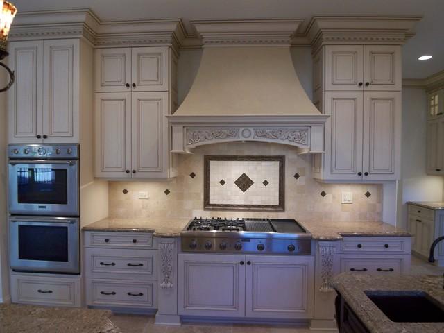 Transitional kitchen photo in Denver