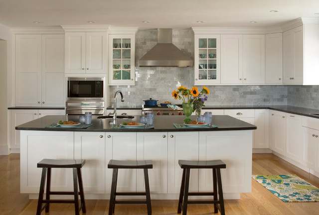 Modern White Shaker Kitchen kennebunkport maine white shaker kitchen - traditional - kitchen