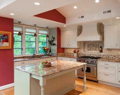 Kensington Kitchen traditional-kitchen