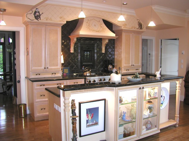 Kitchen korner projects traditional kitchen for Kitchen design korner
