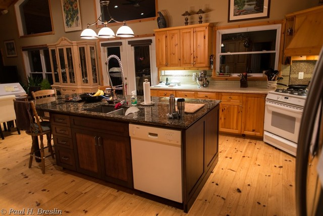 Kertzer Breslin Traditional Kitchen Other Metro By Midland Home Hardware Building Centre
