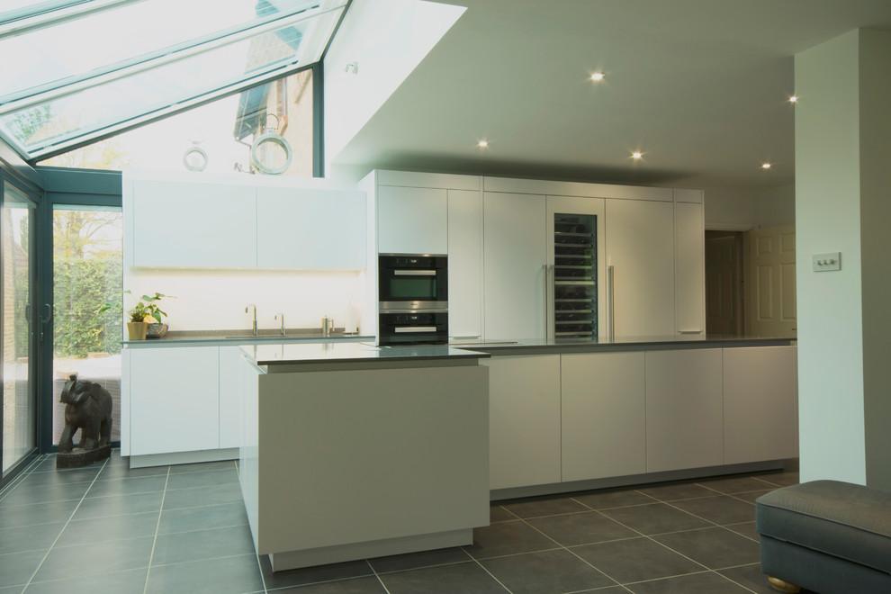 Kevin Rona Dawson Loughton Milton Keynes Modern Kitchen Buckinghamshire By Kitchen Matters