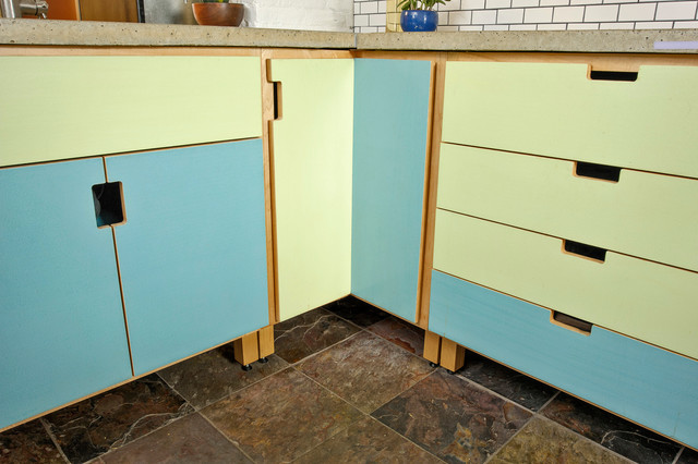 Key Kitchen modern-kitchen