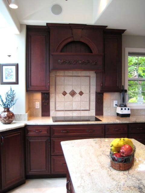 Kingston Sandy Beach Kitchen Traditional Kitchen Seattle By Wyland Interior Design Center