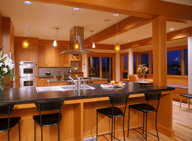 Kirkland Waterfront - Craftsman - Kitchen - seattle - by Baylis ...