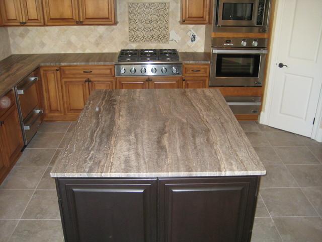 Travertine Countertops : Kitchen: 3 cm Silver Travertine traditional-kitchen