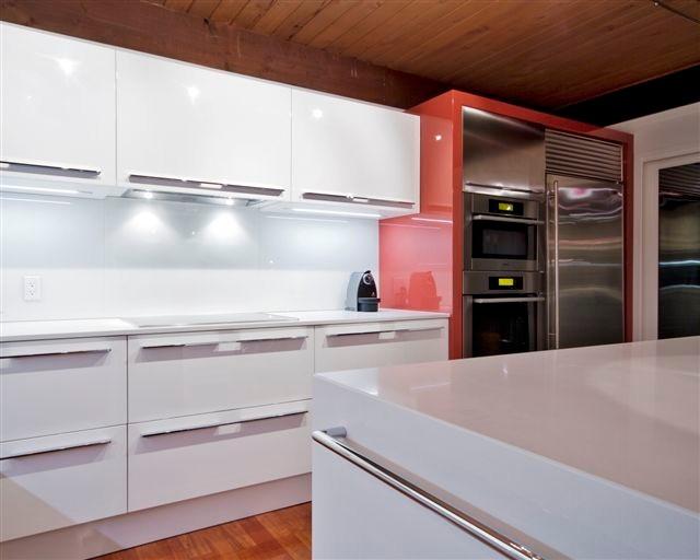 Kitchen 6 contemporary kitchen toronto by kitchen for Beckerman kitchen cabinets