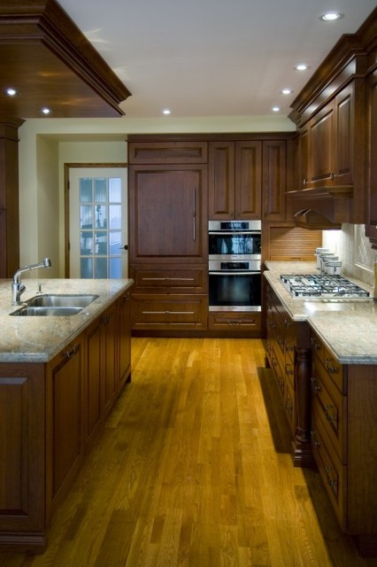 Kitchen 911 Photo traditional-kitchen