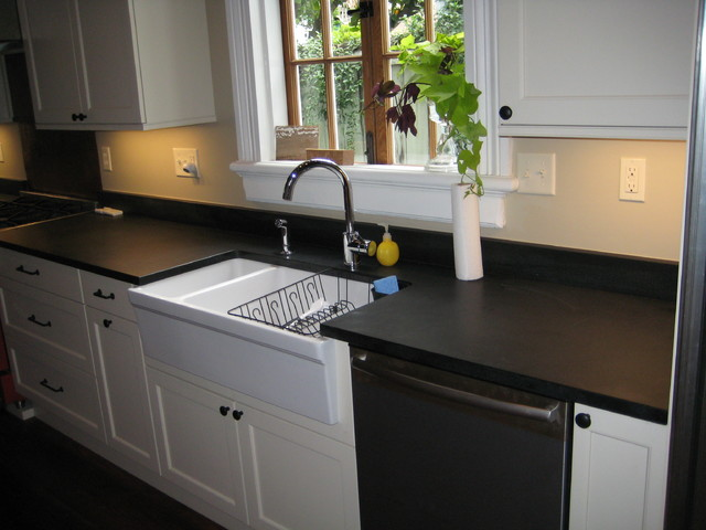 Kitchen Absolute Black Honed granite - Transitional ...