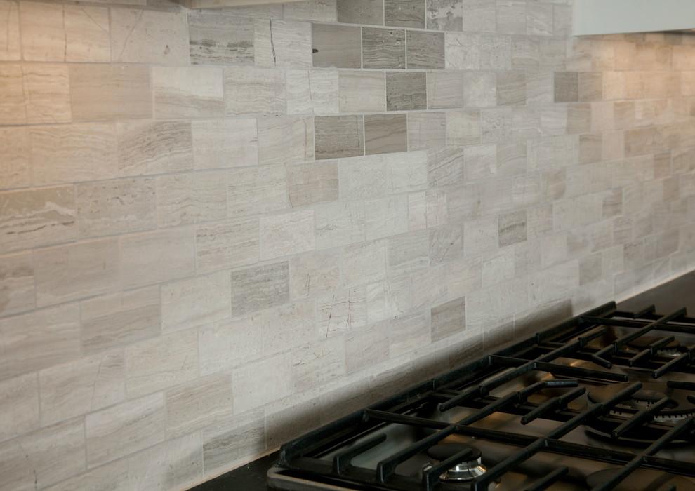 Kitchen photo in Minneapolis